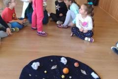gosc-w-gr-iv-mama-prowadzi-zabawy-metoda-m-montessori